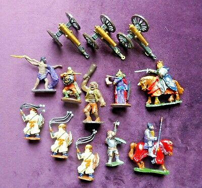 Collection Of Vintage Lead Figures • 9.99£