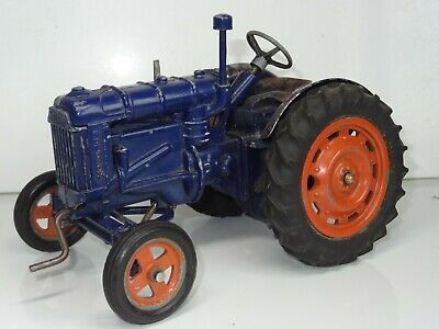 Chad Valley Fordson Major Tractor • 250£
