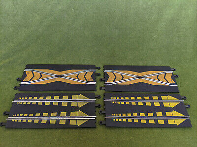 Vintage Scalextric 2 X Straight Start With Yellow Arrows 2 X Crossover Track  • 19.99£