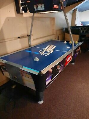Air Hockey Table, Full Size, Used, Selling Due To Business Closing • 600£