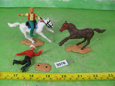 Vintage Timpo Plastic Figures Soldiers Cowboys Collectable Models 3076 • 10£