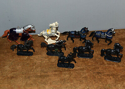 Collection Unbranded Mounted Toy Soldier Horses Including Knights Horses. • 5£