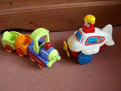 Tomy ' Push N Go ' Airplane + Train & Carriages With Room For 3 Little Figures • 4.99£