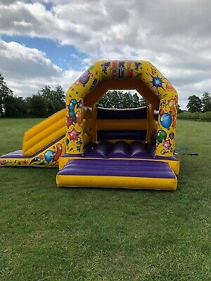 Beetee Bouncy Castles For Sale • 850£