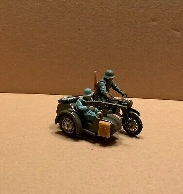 Britains 9681 'german Bmw Army Motorcycle & Sidecar Combination' 1:32. • 30£