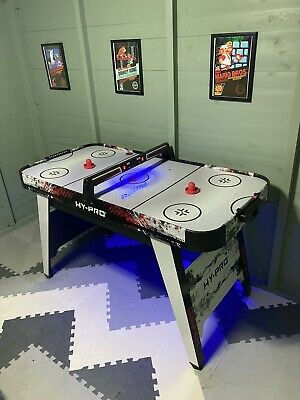 Air Hockey Table  • 75£