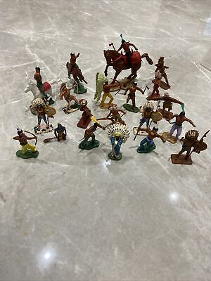 Crescent Toy Company Plastic American Indian Figures  • 3.40£
