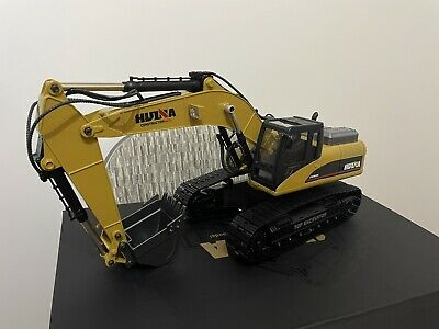 Large 1/14th Scale 23 Channel RC Die-Cast Metal Excavator - Smoke, Sound & Light • 250£