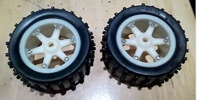 PB Mustang Xi2 Vintage RC Buggy Wheels And Tires White  • 25£