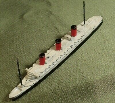 VINTAGE C1935 Made In England CUNARD QUEEN MARY LINER Diecast   • 14.99£