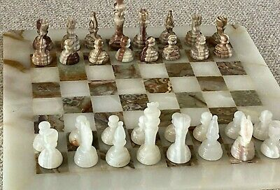Vintage Marble Onyx Chess Set. Boxed 41cm Board And Felted Pieces, Lovely Detail • 93£