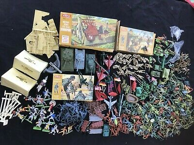 Job Lot Vintage Plastic Toy Soldiers And More Some Airfix Britains • 27.75£