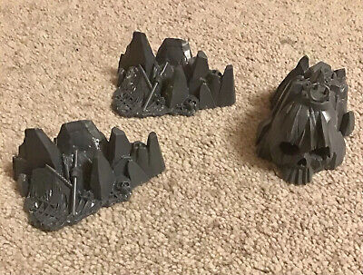 Three Pieces Of Man O' War Scenery, Unpainted • 2.80£