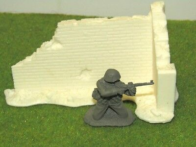 1/35-1/32 Scale Solid Resin Ruined Wall Corner Section For Scenes And Dioramas • 3.99£
