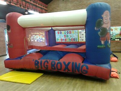 Bouncy Boxing • 480£