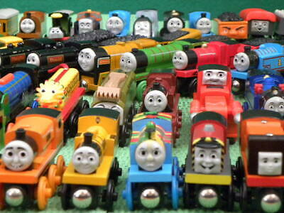 Lots Individual TRAINS For THOMAS & FRIENDS WOODEN RAILWAY + BRIO Engine Toy Set • 10.50£