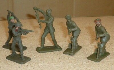 Vintage Crescent Toy Soldiers Plastic Late 60s Early 70s • 8£