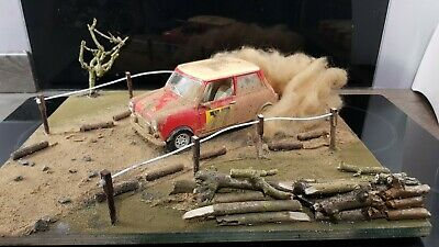 Classic Mini Barn Find Rally Diorama Model 1/12 Scale • 85£
