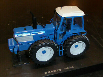 NEW Universal Hobbies Tractor Ford County 1474 1/32nd Collector Model  • 54.95£