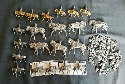 Quantity Of Diecast Mounted Figures And Accessories 21 Figures + Accs • 44£