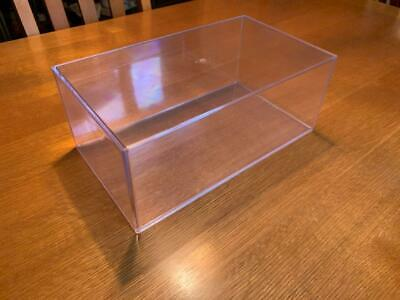 Acrylic Display Cases • 49£