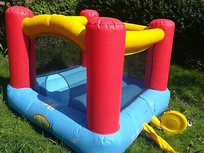 Childrens Bouncy Castle • 1.70£