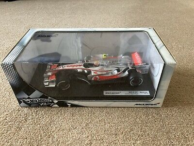 Die-cast Scale Model Formula 1 Car MP4-22 In Presentation Box • 12.50£