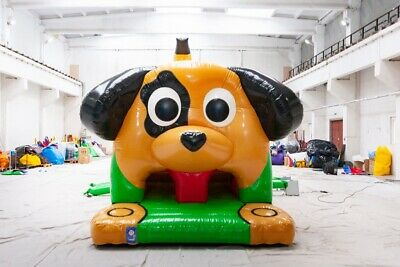 Bouncy Castle - Airquee Dog Obstacle Course • 2,500£