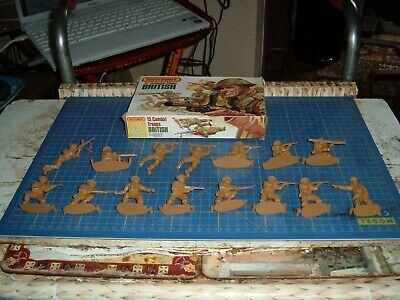 15 Unpainted 1/32 British Infantry By Matchbox • 9.50£