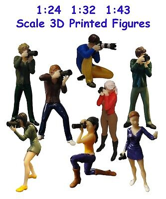1:24 1:32 1:43 3D Printed Figures, Photographers, Track Side Scenery, Pit Lane. • 11£