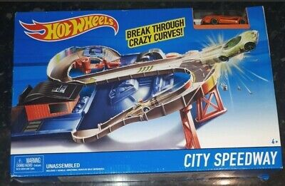Rare New Hot Wheels City Speedway Playset - Includes Diecast Car • 22£