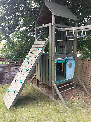 TP Wooden Climbing Frame With Climbing Wall, Sides And Monkey Bars • 400£