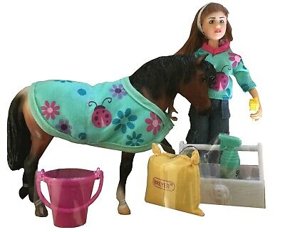 Aktion Breyer Classics Pony With Care Set And Doll • 33.52£