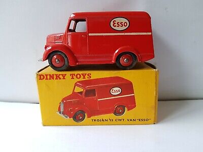 Boxed Dinky Toys No 450 31A Trojan 15 CWT Van  ESSO  In Very Good Condition • 19.99£