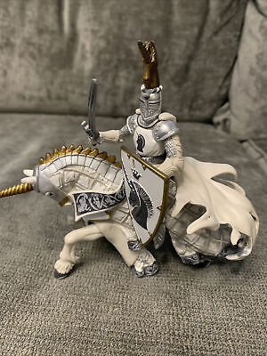 Papo Knight And Horse Black, White And Gold • 2.20£