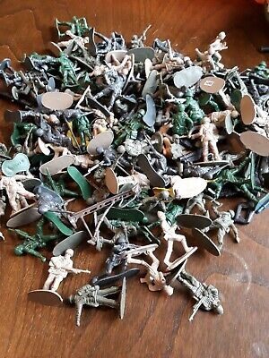 Plastic Toy Soldiers Job Lot • 3.40£