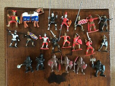 Medieval Toy Soldiers/Knights • 5£