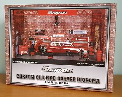 Snap-on Custom Glo-Mad Garage Diorama 1:24 Scale For Model Display & Accessories • 194.99£
