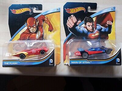 DC Hot Wheels Superman And Flash Collectable CarsBrand New And Sealed, • 5£
