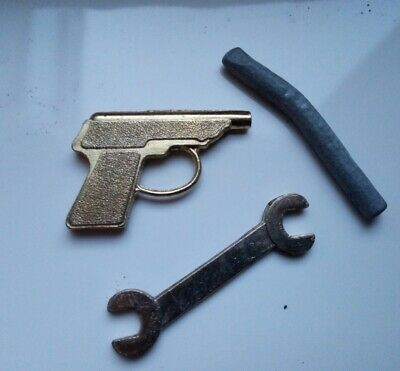Original Vintage Cluedo, Spare Gold Revolver, Lead Piping And Gold Spanner • 4.20£