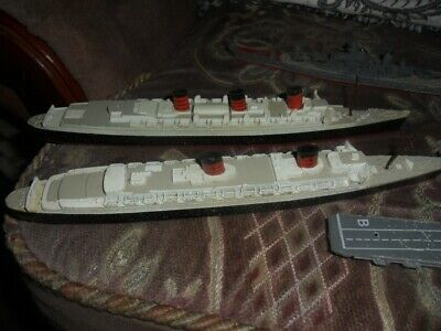Vintage Queen Mary & Queen Elizabeth Di-cast Ships & Others • 18.99£