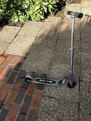 Micro Scooter • 7£