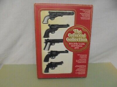 Crescent Toys-THE CRESCENT COLLECTION - 5 MINIATURE TOY FAMOUS GUNS - M.I.B  • 34.99£