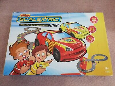 Scalextric Track - My First Scalextric Set - Red & Yellow Racing Cars 1:64 Micro • 22.99£