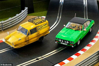 Scalextric Slot Car C4179A Only Fools And Horses Twin Pack SKU: C4179A • 82.99£