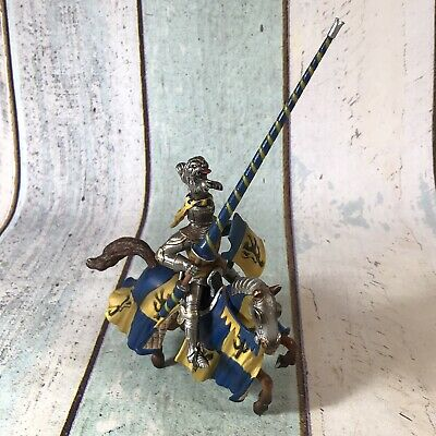 Schleich Retired Mounted Blue And Yellow Jousting Knight On Horse 70020 RARE • 17.99£