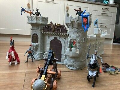 Chad Valley Knights Castle Playset • 8£