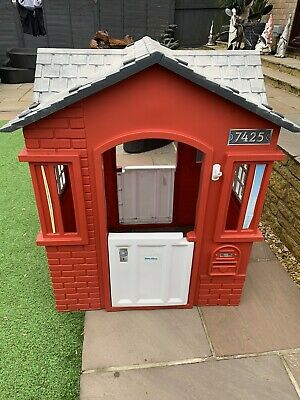 Little Tykes Cape Cottage (Red And Black) Outdoor Play House • 60£