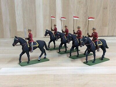 Phoenix Models Tournament Series Royal Canadian Mounted Police 30mm Model Set. • 16£