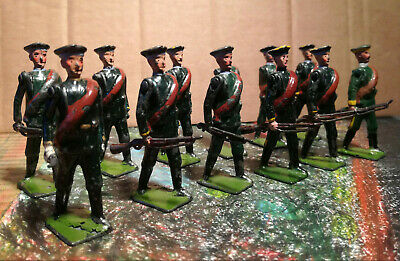 Britains**vintage Russian Infantry Set 133**officer With Eleven Infantry • 65£